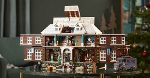 [] LEGO's New 3955-Piece Home Alone Set