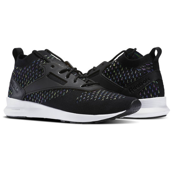 Reebok Reebok Boxing Week 2017 Sale  Up to 40% Off Select Full Priced  Products + EXTRA 50% Off Outlet Styles The Reebok Boxing Week Sale Starts  Now! 37a2fd312